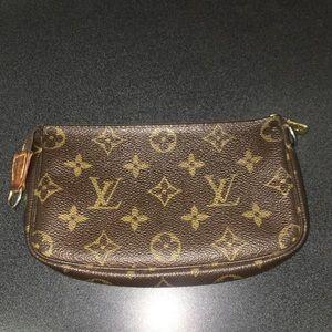 Louis Vuitton Accessories Pouchette